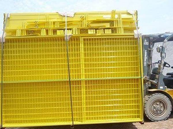 Canada temporary fence panel with carried by forklift