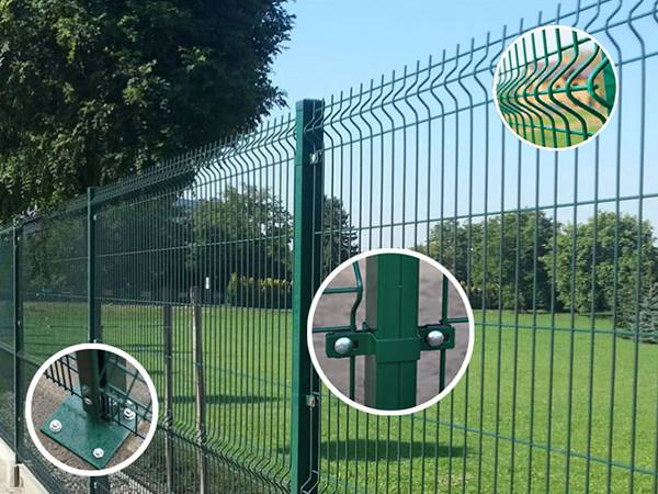Green square fence with detail pictures, including post base and accessories.