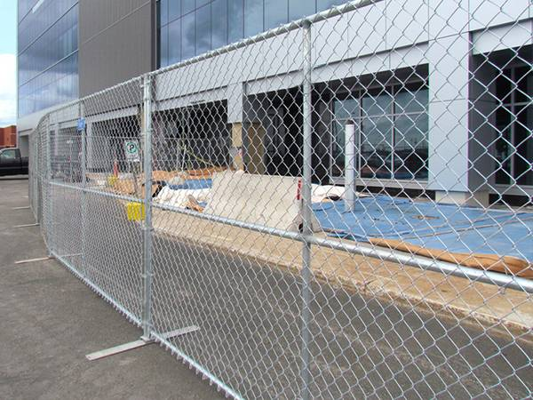 Temporary Chain Link Fence Effective For Maintain